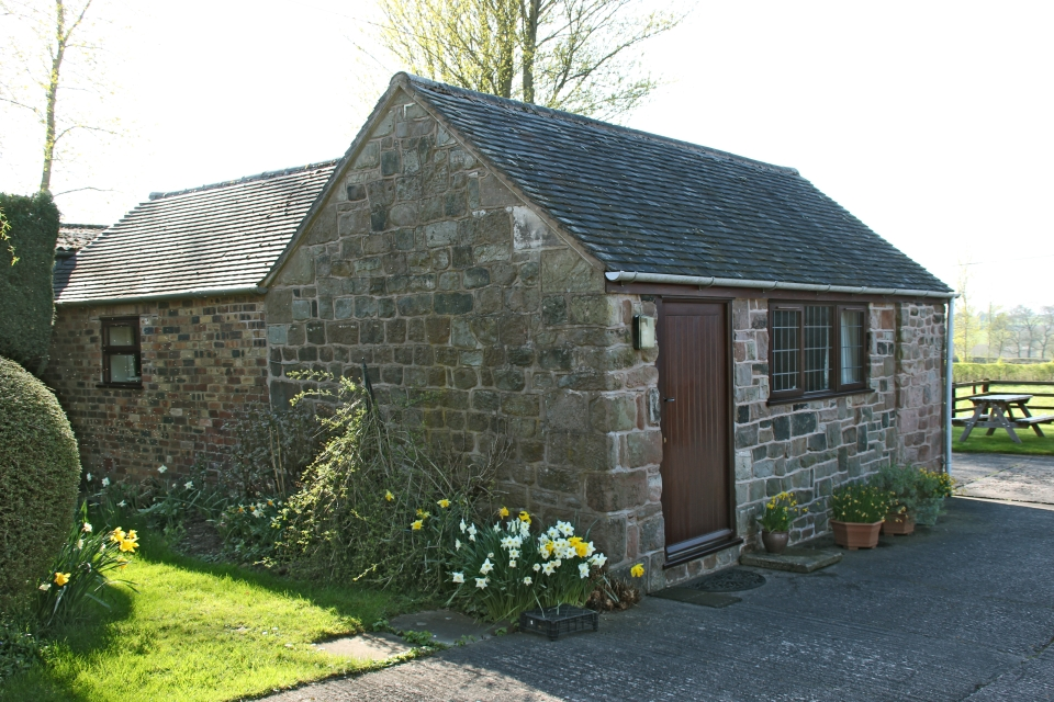 Cordwainer Cottage - self-catering accommodation in the Staffordshire Moorlands